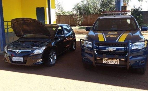 Carro roubado há 7 anos é recuperado pela PRF em MS
