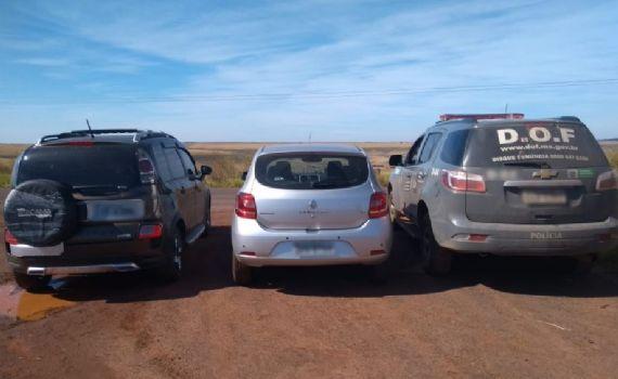 Veículo roubado no Rio Grande do Sul que seria trocado por droga no Paraguai
