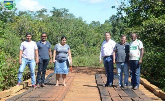 Executivo Municipal conclui obra de Reforma da Ponte do Cangalha