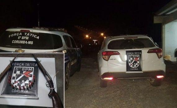 Carro roubado é recuperado e PM apreende armas e munições em sítio