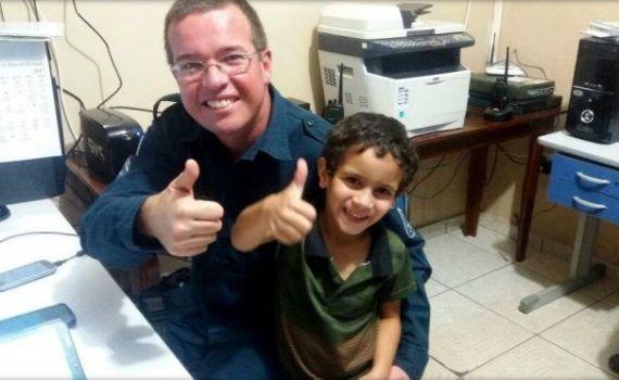 PM's de Ribas do Rio Pardo, recebem a visita de um pequeno fã