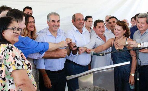 Governador entrega mais de R$ 3,5 milhões em obras em Taquarussu