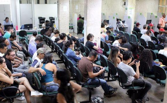 Semana começa com 11 vagas de emprego em Guia Lopes da Laguna