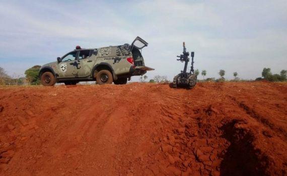 Grupo de Bombas e Explosivos do BOPE detona artefato em Jateí