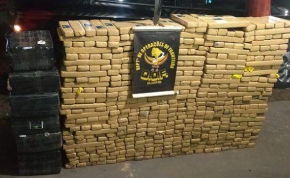 DOF recupera veículo furtado e carregado com droga em Sete Quedas