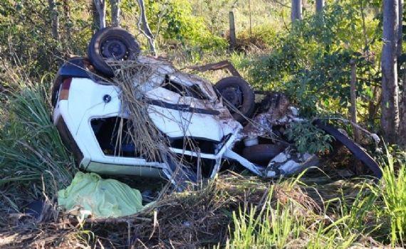 Acidente em rodovia deixa vítima fatal e três feridos