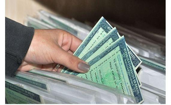 """Carteiras Nacionais de Habilitação falsificadas foram encontradas com alvos da Operação """"Recurso Privilegiado"""""""