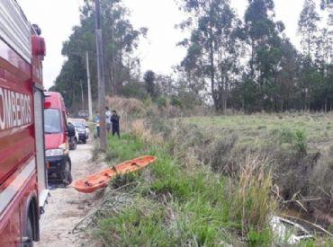 Carro desaparecido é encontrado com sete pessoas mortas