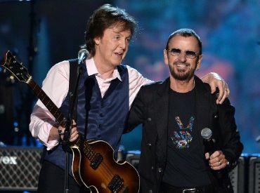 Paul McCartney e Ringo Starr se reúnem para gravar música de John Lennon