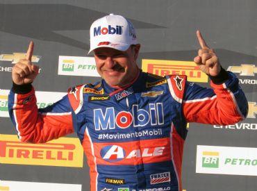Thiago Camilo e Rubens Barrichello faturam as provas da 6ª Etapa da Stock Car